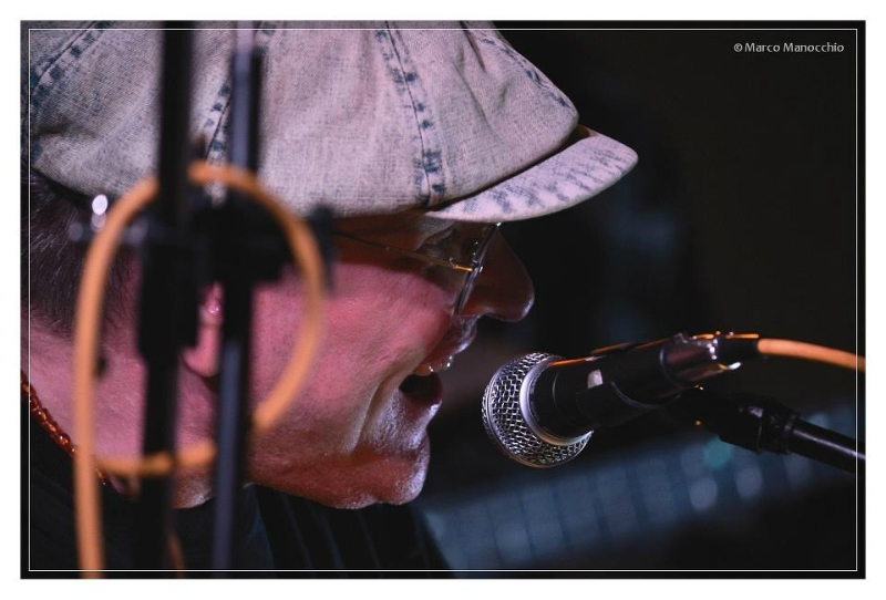Fabrizio Poggi Macchia Blues Festival photo by Marco Manocchio
