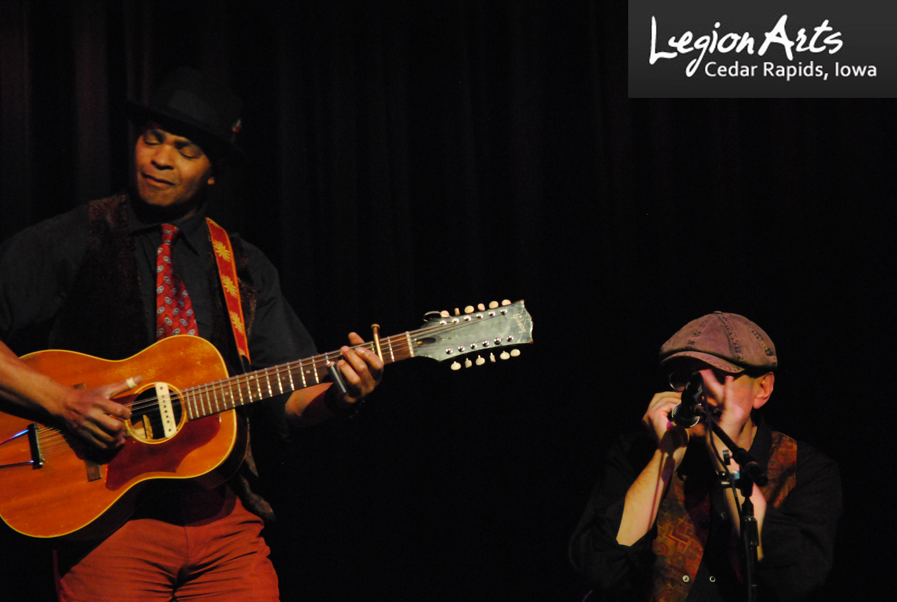 GUY DAVIS & FABRIZIO POGGI 2014 USA TOUR live at CSPS Legion Arts Cedar Rapids, Iowa