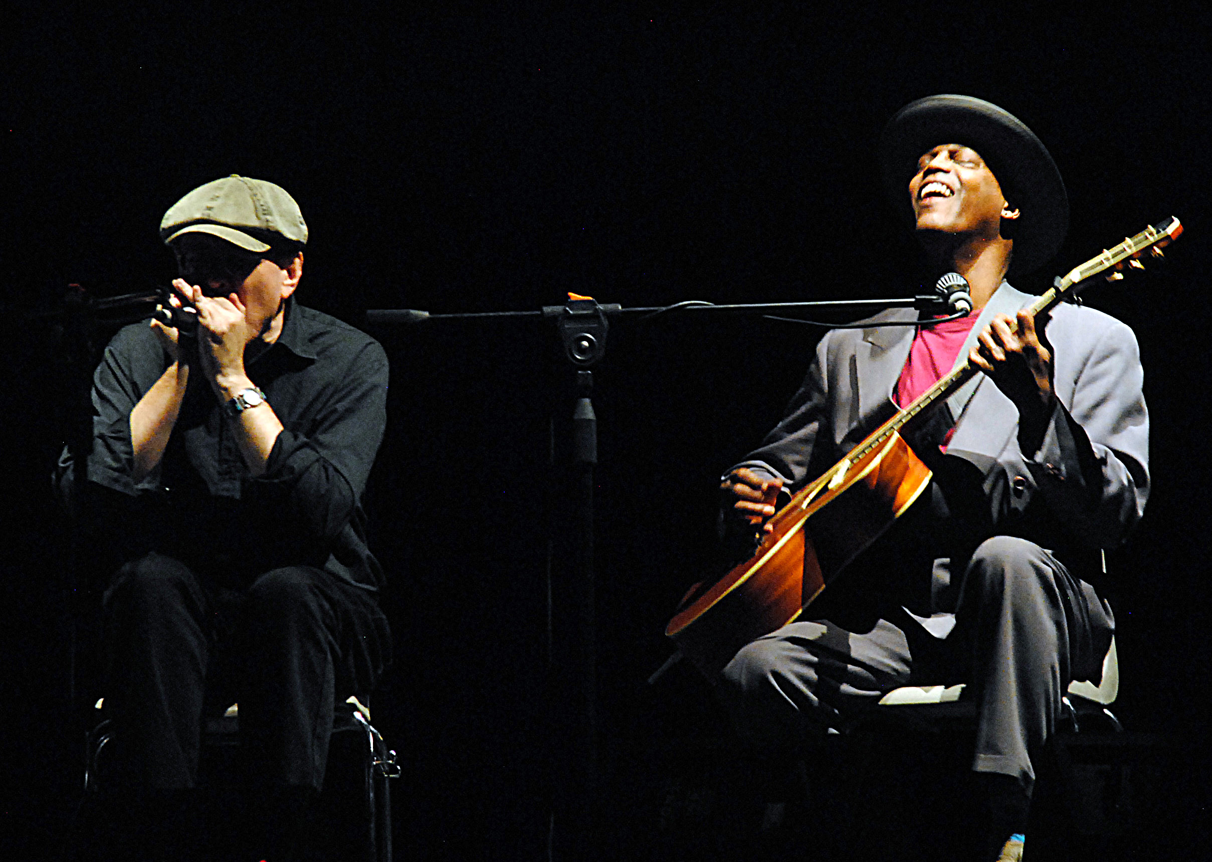 Eric Bibb special guest Fabrizio Poggi photo by Angelina Megassini