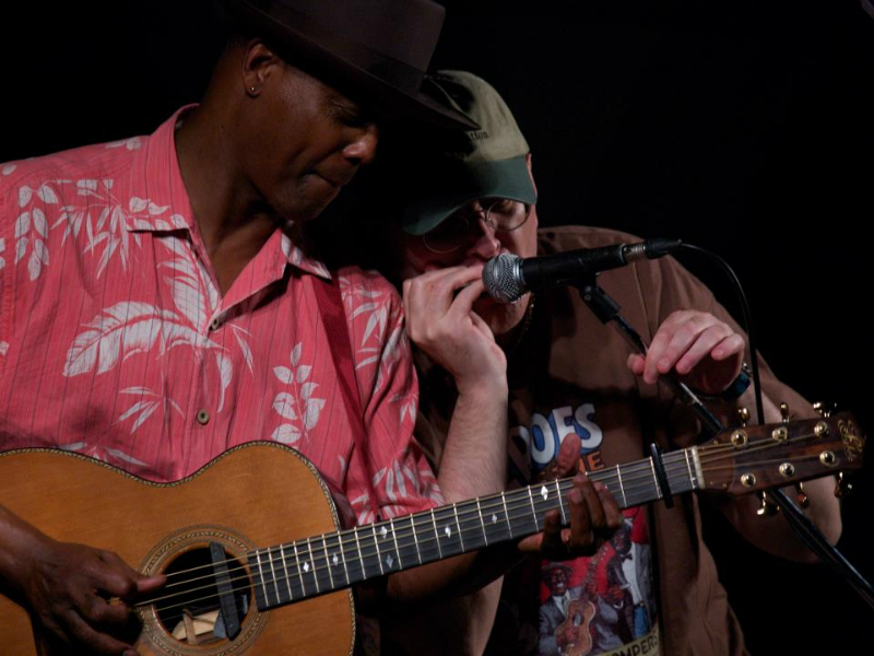Eric Bibb and Fabrizio Poggi photo by Elena Barusco