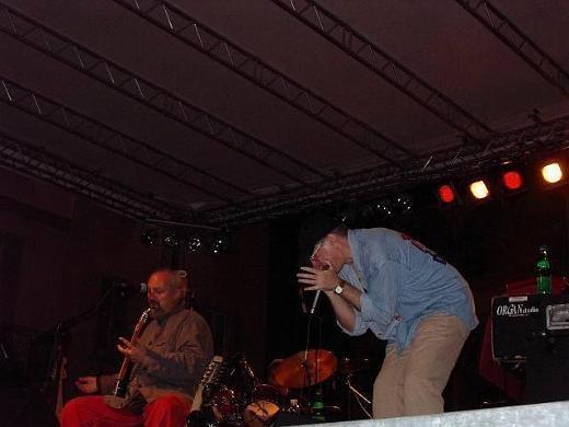 Eugenio Finardi and Fabrizio Poggi  live