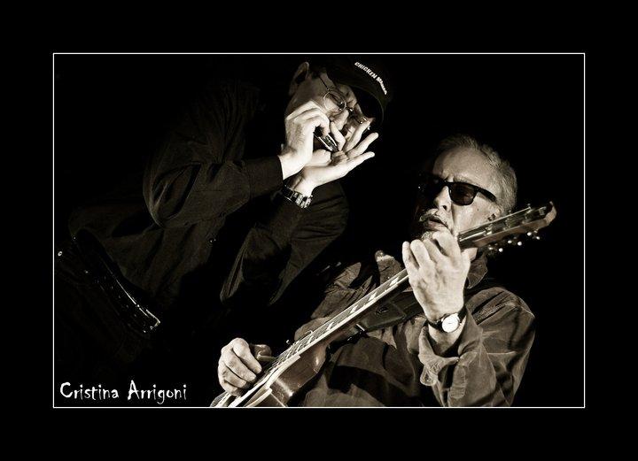 Fabrizio Poggi and Bob Margolin photo by Cristina Arrigoni