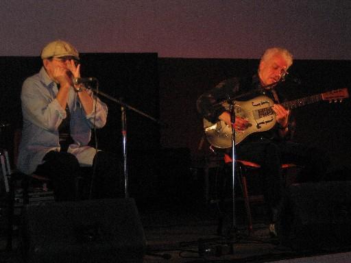 Fabrizio Poggi and Doug MacLeod live