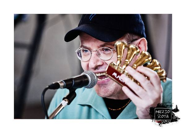 Fabrizio Poggi Bergamo Blues Festival with his Hohner Trumpet Call photo by Mario Rota