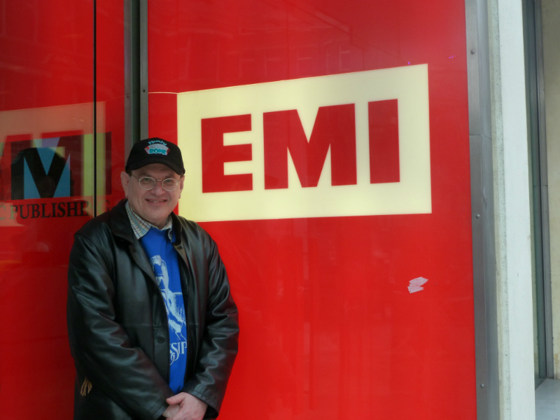 Fabrizio Poggi in front of the EMI recording studio London, UK