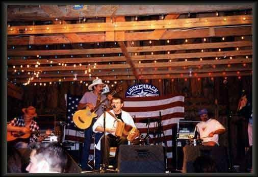 Fabrizio Poggi live in Luchenback Texas opening for Pat Green