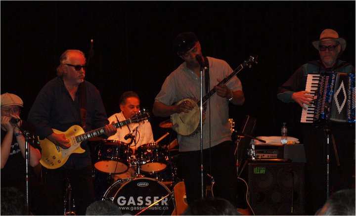 Fabrizio Poggi live with Bob Margolin, Artie Stix Chavez, Guy Davis and Prof Louie