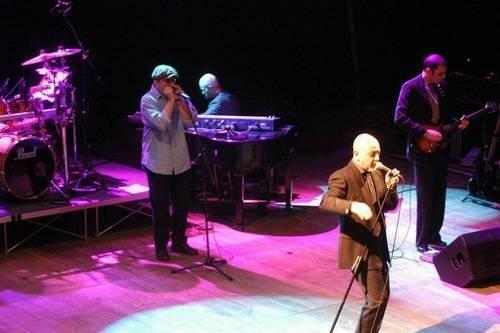 Fabrizio Poggi  live with Enrico Ruggeri