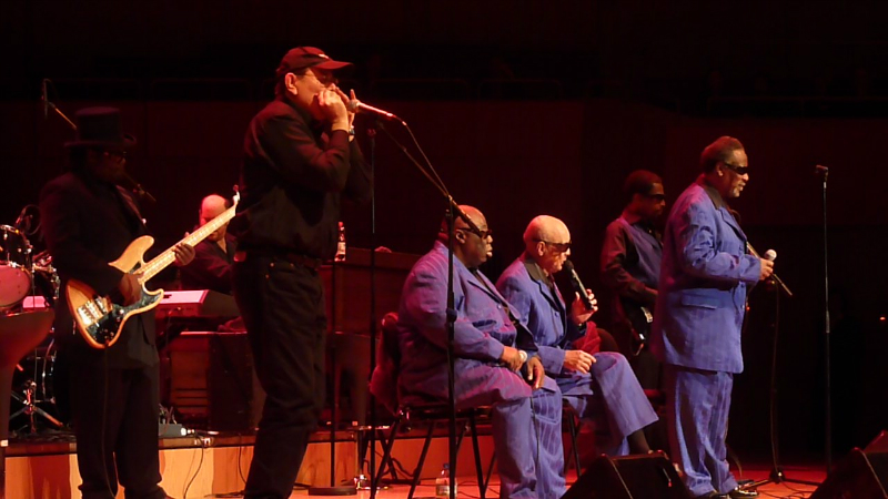 Fabrizio Poggi live with The Blind Boys of Alabama Munich Germany