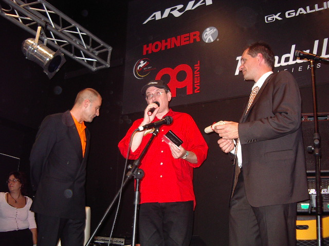 Fabrizio Poggi receives the Hohner Harmonica Award