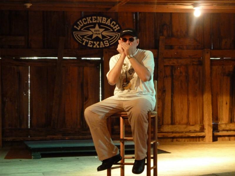 Fabrizio Poggi rehearsal time in Luckenbach Texas