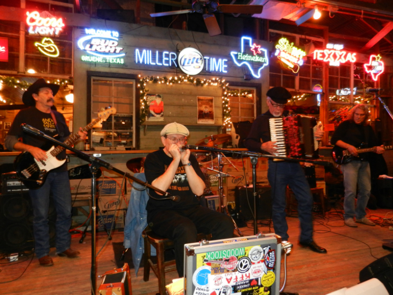 Gruene Hall - New Braunfels. Texas - from left Donnie Price, Fabrizio Poggi, Ponty Bone and John Inmon