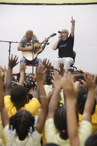 Fabrizio Poggi & Guy Davis live at School on American Virgin Islands photo by Joseph Rosen