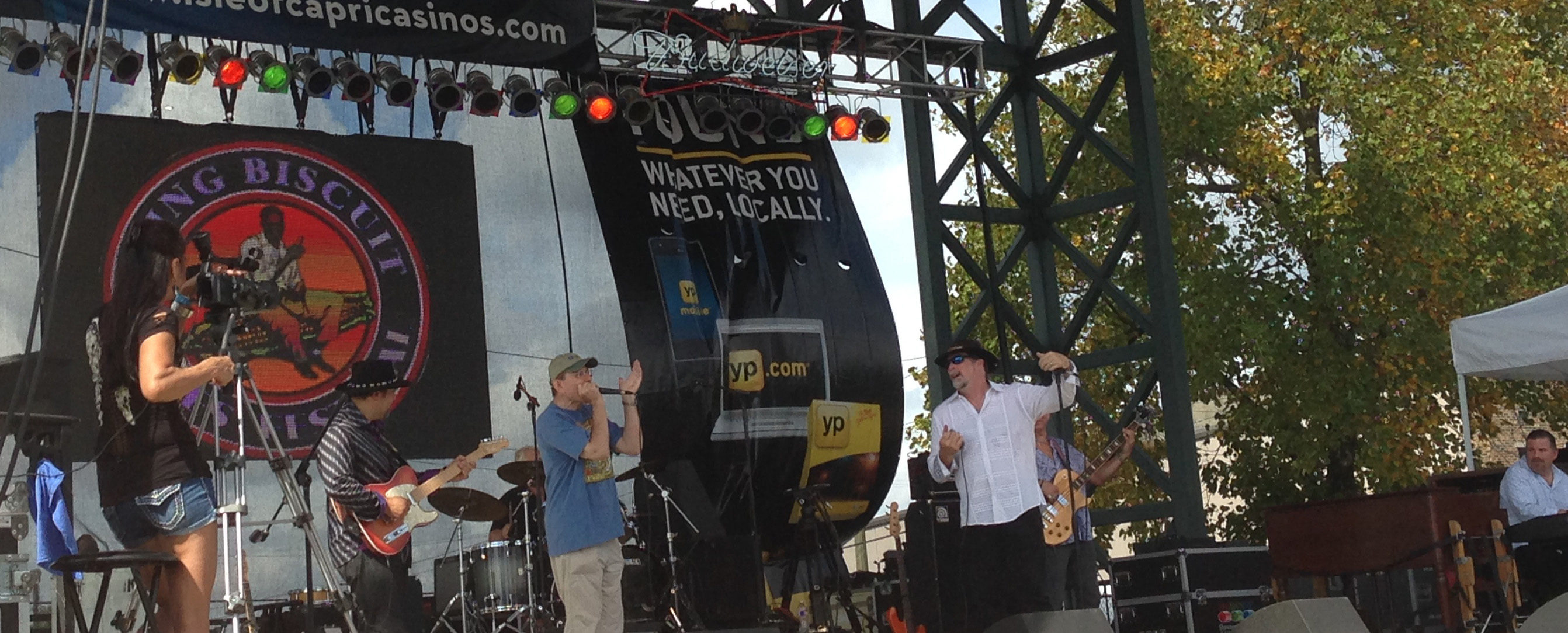 Fabrizio Poggi live at the King Biscuit Festival, Helena Arkansas with Kevin Purcell & The Nightburners