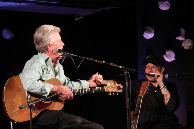 John Hammond and Fabrizio Poggi live in Chiari (BS)