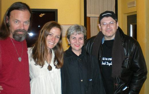 Kevin Welch, Kelley Mickwee, Angelina and Fabrizio Poggi