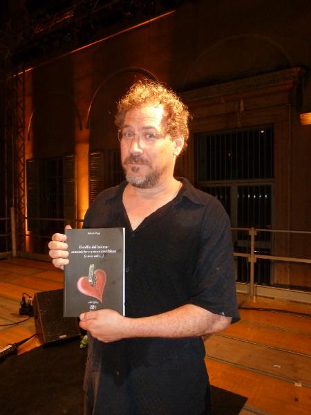 Wade Schuman - Hazmat Modine with Fabrizio Poggi\'s book