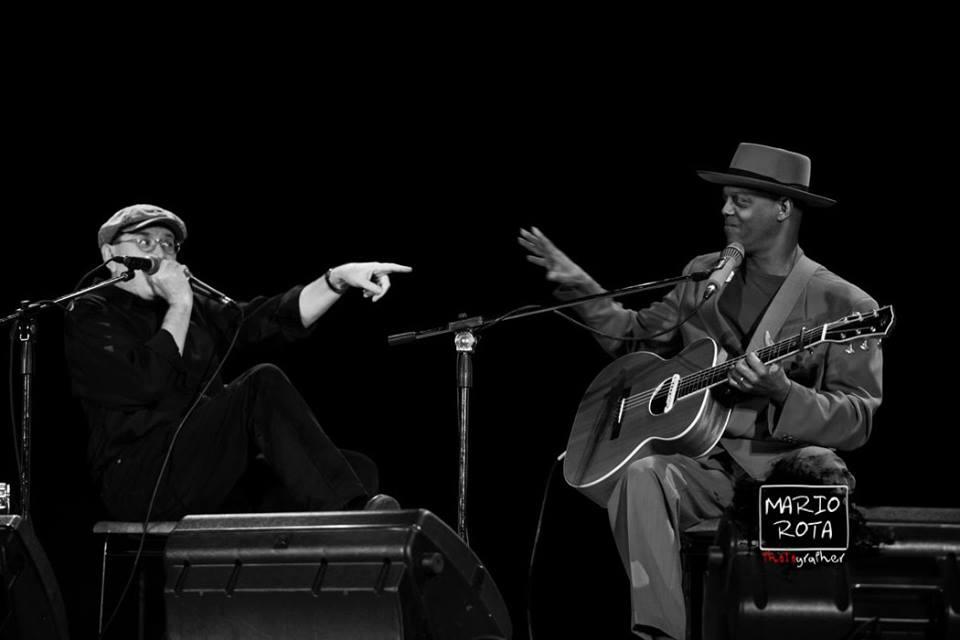 Fabrizio Poggi & Eric Bibb foto di Mario Rota